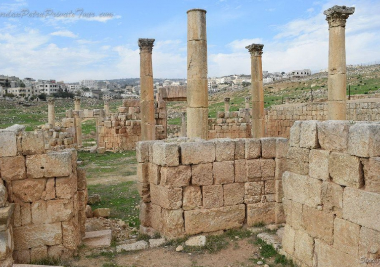 Jerashfull01